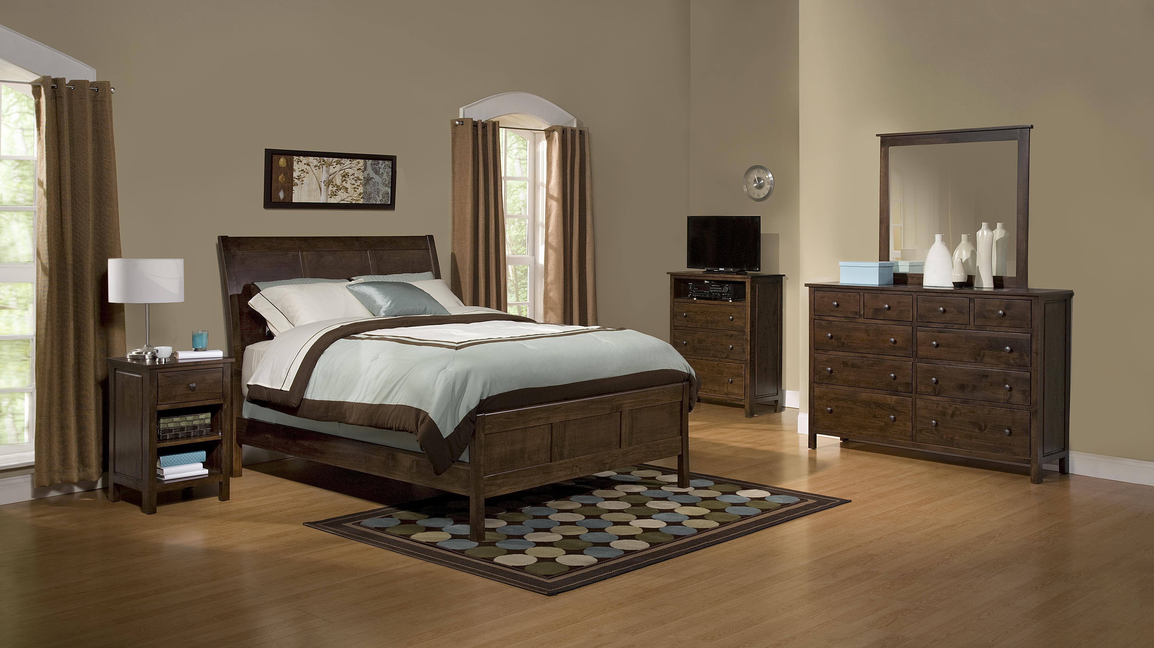 Heritage Alder Bedroom